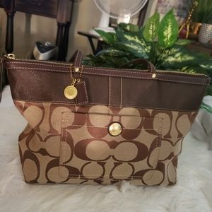 COACH SMALL TOTE BAG